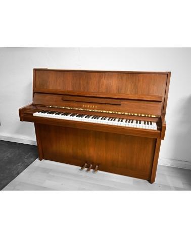 YAMAHA SU118 noyer satiné  - Centre Chopin